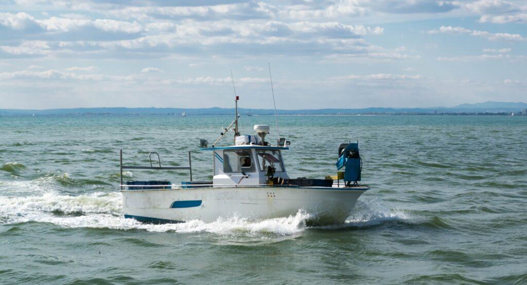 impage d'un bateau de pêche